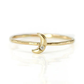 Diamond Crescent Moon Ring in 14k Gold - Thin hammered Gold Stacking Ring with Moon and Diamond
