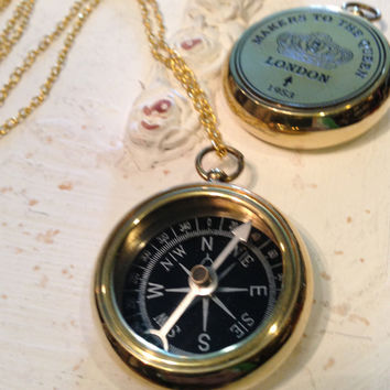 Compass Necklace, Makers to the Queen, Working Compass Necklace, Gold Compass, Queen Compass, Gold Queen Necklace, Gold Compass Pendant