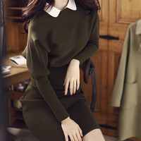 Knitted long sleeved winter dress with white peter pan collar