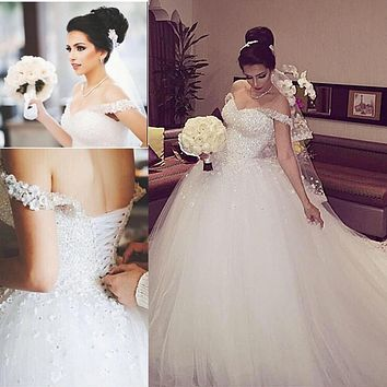 Robe De Mariee Off the Shoulder Ball Gown Wedding Dresses 2017 Beaded Bodice Corset Back Women Count