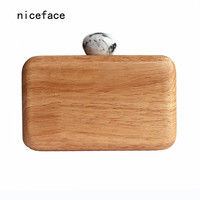 2017 New brand fashion wallet Women messenger bag Vintage ink Print Round Hasp evening bag elegant solid Cute wood casual Clutch