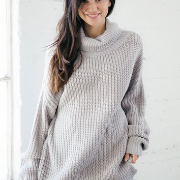 Lia Sweater - Gray