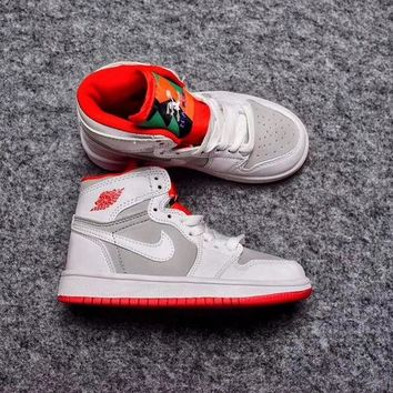 Best Deal Online Nike Air Jordan Retro 1 High OG Bugs Bunny Kid Basketball Shoes for Youth Boys and Child