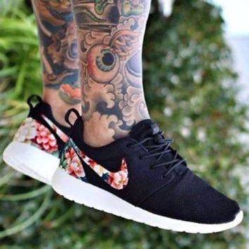 """""""NIKE"""" Trending Fashion Casual Sports Shoes Black  Floral"""