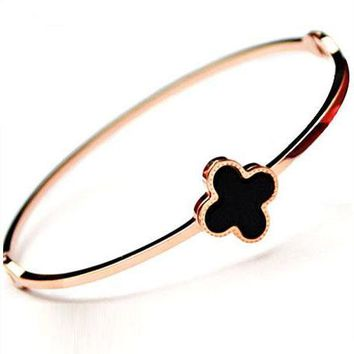 Cartier titanium steel rose gold inlay shell four-leaf clover bracelet