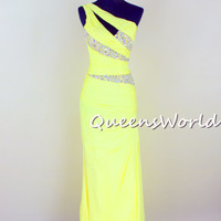 http://queensroyals.storenvy.com/collections/597799-evening-dress/products/5882617-evening-dress-prom-homecoming-party-dress