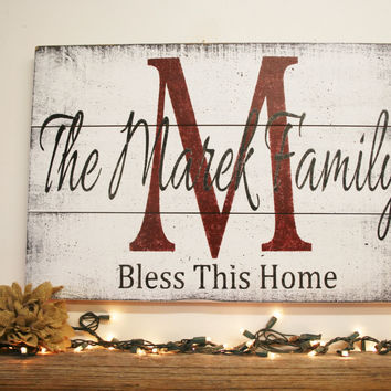 Name Sign Initial Sign Personalized Sign Pallet Sign Wedding Gift Bridal Shower Gift Housewarming Gift Anniversary Gift Shabby Chic Handmade