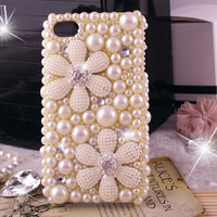iPhone 5 case, iphone 5 bling case, iphone 4 case, pearl iphone 4 bling case, bling iphone 5 case pearls cute flowers