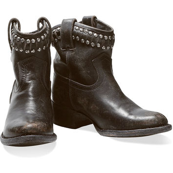 Diana studded leather boots | Frye | UK | THE OUTNET