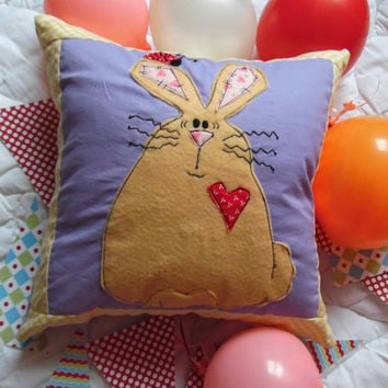 Bunny Applique, Applique Pillow,Patchwork Cover,Nursery Decor,Decorative Pillow Cover,Kids Bedding,Nursery Bedding.Girls Room.Pillow Cushion
