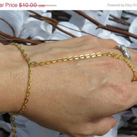 Sized Pair Gold plated Slave Bracelet, Ring Bracelet, Delicate, Hand Jewelry, Gold plated Steel, Hand Chain, Custom, Sized, Adjustable, Jew