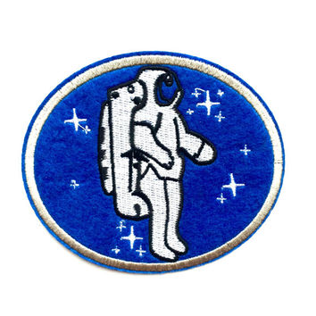 "Vintage Astronaut Felt Patch 4""x3.25"" Iron-on"