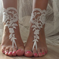Preziosamente // Free ship ivory Beach wedding barefoot sandals shoes prom party bangle beach anklets bangles bridal bride bridesmaid