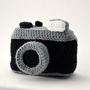 Photo Camera - Vintage Lomography Style Camera - Inspired by old vintage Cameras - Amigurumi - CROCHET PATTERN No.70