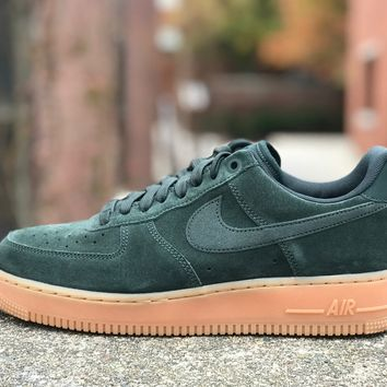 KUYOU Nike Air Force 1 '07 LV8 Suede Outdoor Green AA1117-300