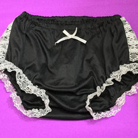 Vintage Sexy Lace Bloomers / Adult Lolita Petti Pants / Black with White Lace Ruffles Trim / Retro Short Pin Up Burlesque Steampunk Panties