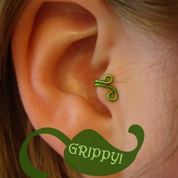 The Mirkwood Collection Mirkwood Tragus Cuff GRIPPY Elvish Elf ear cuff green vine leaf wire loop swirl curly earring alternative