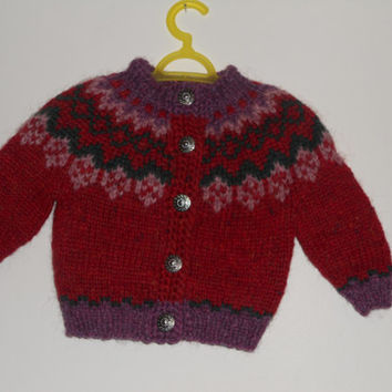 Icelandic sweater with buttons, for 0-6 months old, handmade