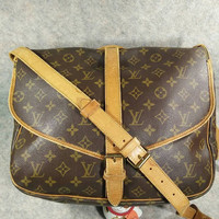 Auth Louis Vuitton Monogram Saumur35 Vintage in1989, Crossbody, Shoulder, Bag, Canvas in Good Condition, Cowhide still strong to useful