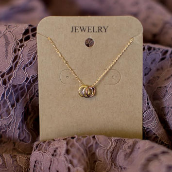 Must Have 3 Circle Necklace