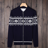Men's Comfortable Christmas Snowflake Sweater Coat