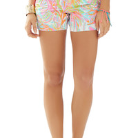 CALLAHAN SHORT - RESORT WHITE SCUBA TO CUBA W from Lilly Pulitzer, Available at Ocean Palm