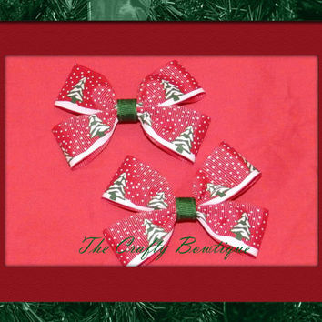 Christmas Trees and Snow ~ Clippie Pigtail Hair Bow Set ~ Red, Green and White ~ Christmas Hair Bows ~ Small Hair Bows ~ Winter Hair Bows