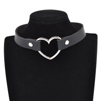 Gothic Punk Style Multi Color Alloy Heart Pendant PU Leather Collar Chocker