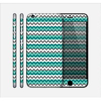 The Vintage Green & White Chevron Pattern V4 Skin for the Apple iPhone 6 Plus