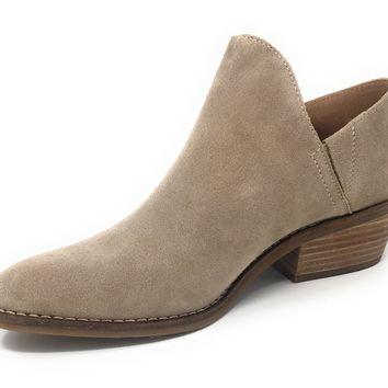 Lucky Brand Fausst Mushroom Oiled Suede Ankle Booties