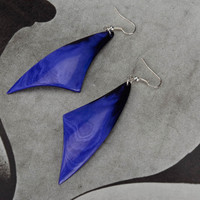 "Earrings made of cow horn ""Purple Feathers"""