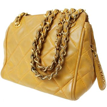 CHANEL Matelasse Quilted Chain Shoulder Bag Yellow Leather Vintage Auth #8387 M