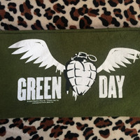 GREEN DAY - Upcycled Concert/ Band T-shirt Makeup/ Pencil Pouch - ooak