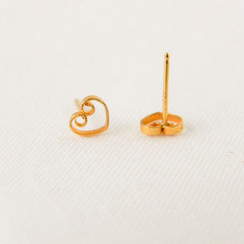 Dainty Gold Plated Filigree Heart Stud Earrings // Tiny Gold Earrings, Bridesmaid Gift, Bridesmaid Earrings, Small Earrings, Fall Jewelry,