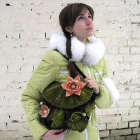 Felted purse Lotus. Wet felted wool handbag. Messenger bag and purse. Dark green, peach. Luxury gift, designer bag.