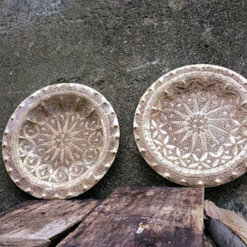 Vintage Hand Hammered Wall Hanging Brass Tray Pair India