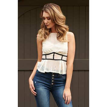 Linear Lace Top (Cream)