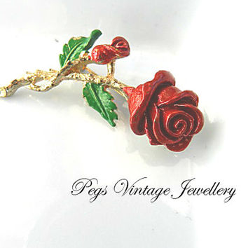 Vintage Small Red Enamel Rose Bud Brooch/Pin,Vintage Bridal Flower Gold Tone Jewelry