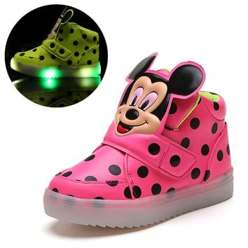 2018 European cartoon fashion breathable boots breathable LED lighting girls boys shoes high quality kids children sneakers