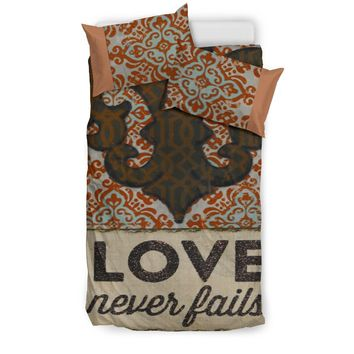 Love Never Fails Design - Duvet Covers 3-Piece Set