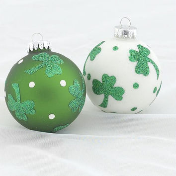 4 Christmas Ornaments - Shamrocks And Polka Dots