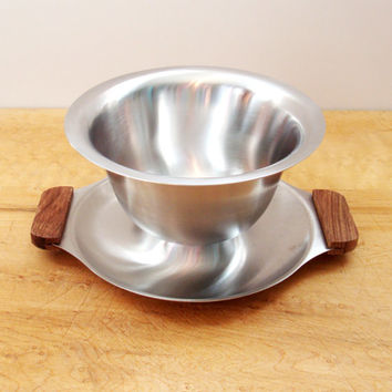 Danish Modern Stainless Gravy Bowl,  Stainless Steel Gravy Boat with Wood Handles, 60s Mid Century Stainless Serving Bowl, Easter Dinner