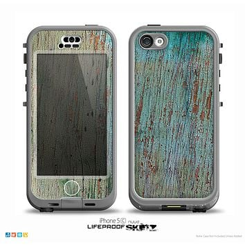 The Chipped Teal Paint on Aged Wood Skin for the iPhone 5c nüüd LifeProof Case