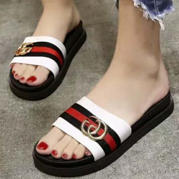 GUCCI new style cool slipper female summer fashion wear with thick bottom one word to drag Korean version out slipper