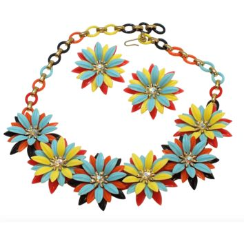 1950's Plastic Daisy Necklace and Earrings by Coro