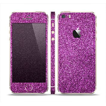 The Purple Glitter Ultra Metallic Skin Set for the Apple iPhone 5s