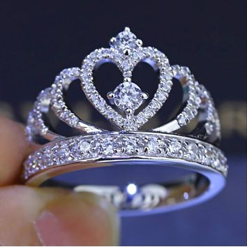Trending Stylish Ladies Chic Silvery Jewelry Diamond Crystal Crown Ring I