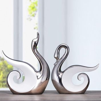Fine Workmanship Ceramic Crafts Home Decoration Craft Gifts Ornaments Galvanized Couple Swans silver porcelain art and craft