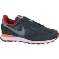 Internationalist Women's Shoe