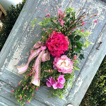 Door wreath spring, teardrop door swag, pink hydrangea wreath, Mothers day wreath, cottage wreath, spring summer swag, front porch decor